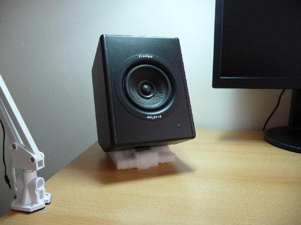 909bf42fe Jaké studiové monitory? - AVmania.cz